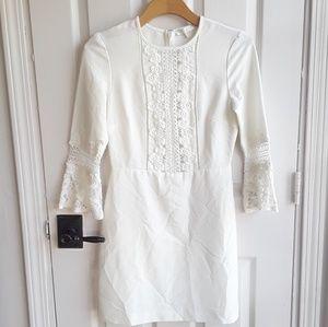WAYF Cream Lace Bell Sleeve Dress XS
